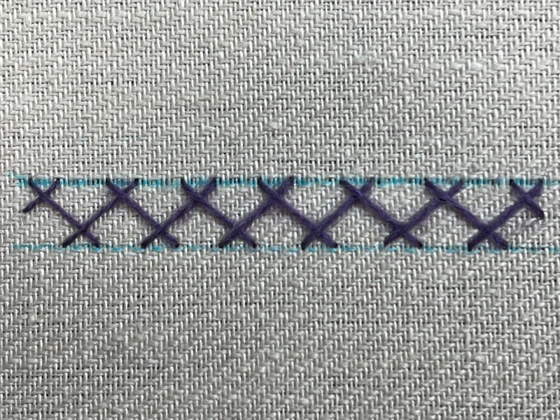 Double herringbone stitch method stage 1 photograph