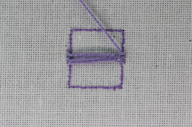 Buttonhole bars (cutwork) method stage 3 photograph