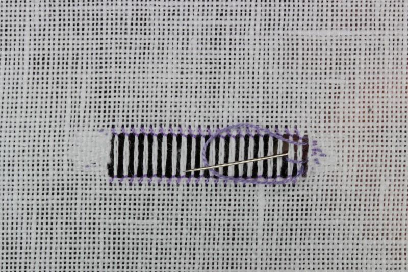 Chain stitch (drawn thread) method stage 5 photograph
