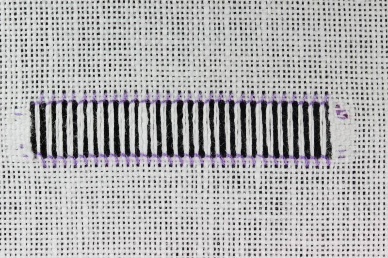 Hem stitch (Drawn Thread) method stage 9 photograph
