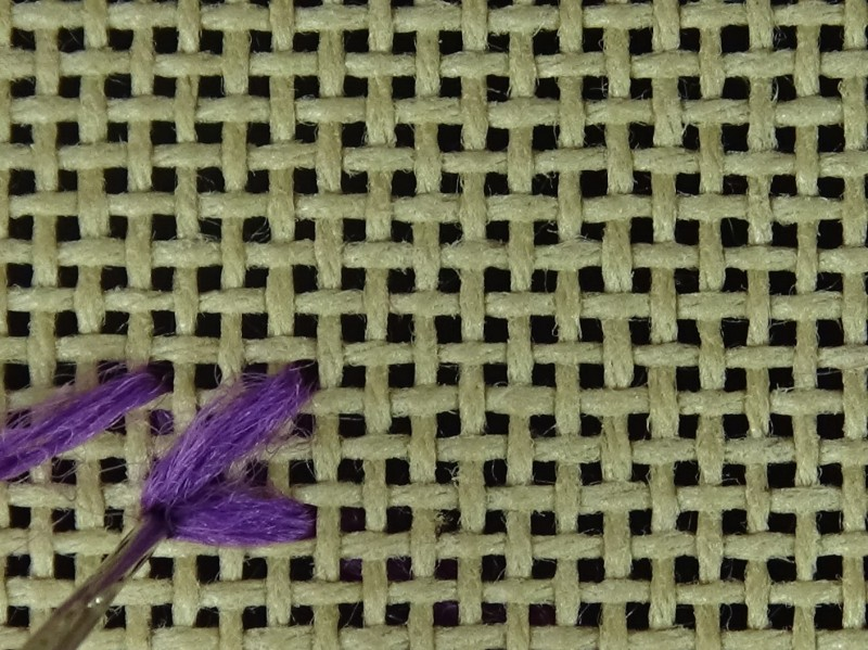 Two-sided Italian cross stitch method stage 8 photograph