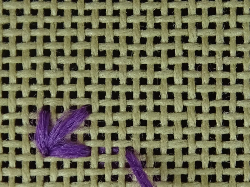 Two-sided Italian cross stitch method stage 9 photograph